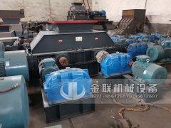 大型无轴托辊滚筒筛分机 双齿辊破碎机设备发往上海